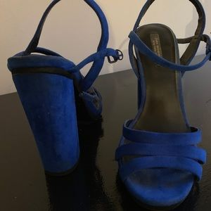 Zara blue chunky heeled sandals